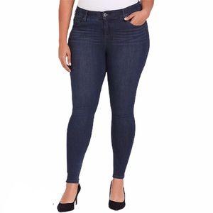 TORRID   Premium Denim Skinny Jean - Bombshell 18R